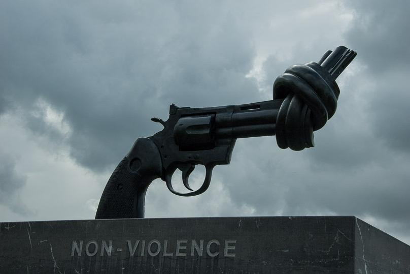 non violence memorial of caen