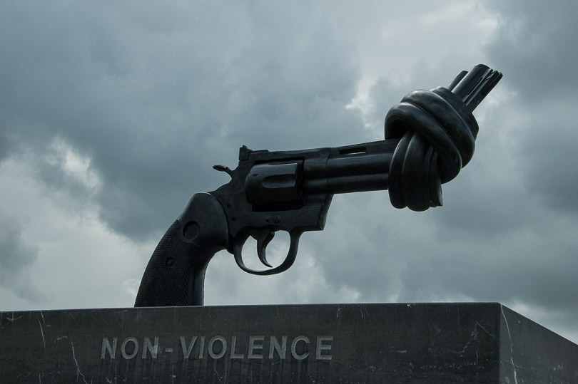non violence memorial of caen