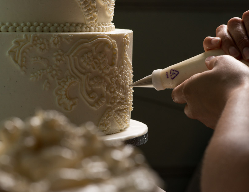 wedding cake details decorating