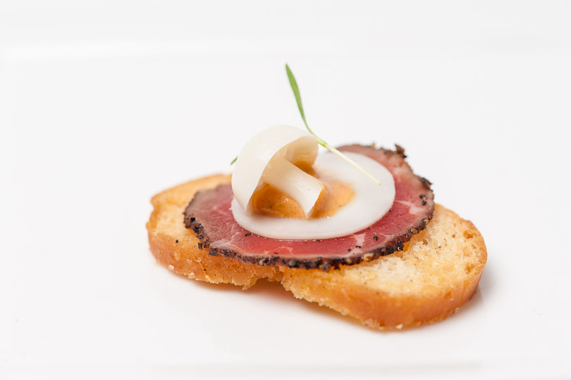 toast beef egg mushroom amazing appetizer railtown catering vancouver wedding photographer
