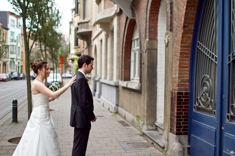 ghent-wedding-a-first-look
