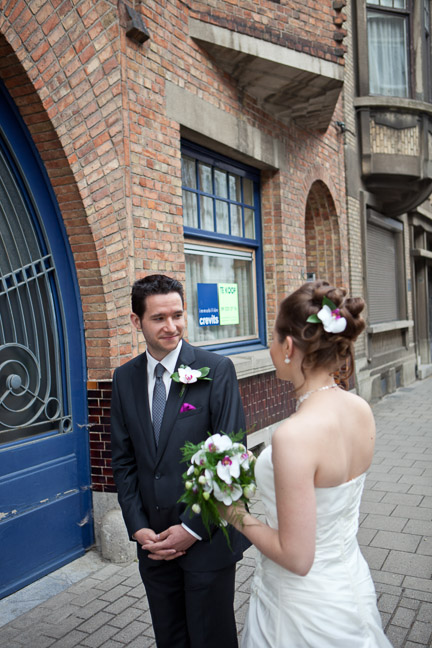 ghent-wedding-groom-sees-bride