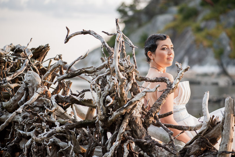 driftwood-whytecliff-park-woman