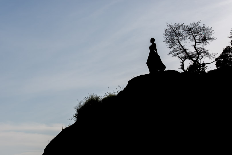 whytecliff-park-silhouette-rocks