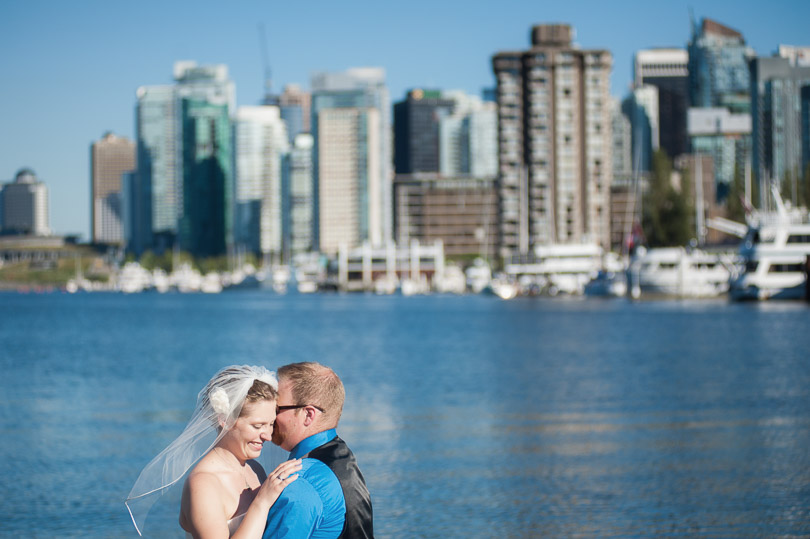 bride-groom-vancouver-backdrop