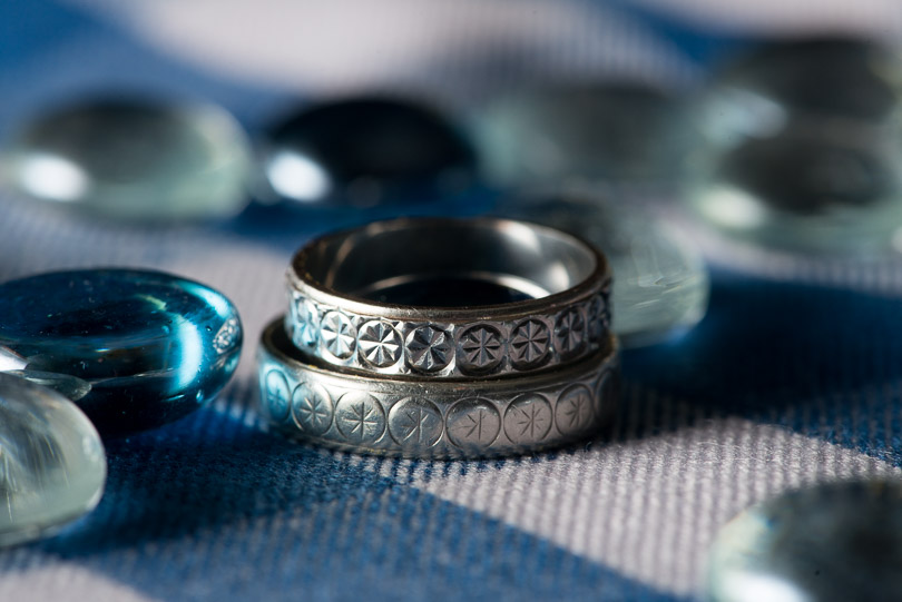 wedding-bands-blue-stones