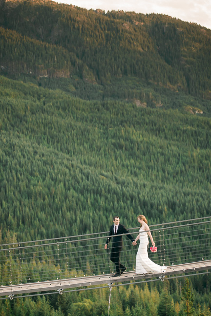 bride-groom-suspension-bridge
