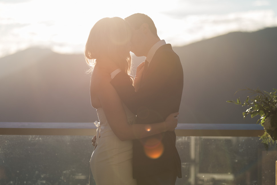 squamish-first-kiss-wedding