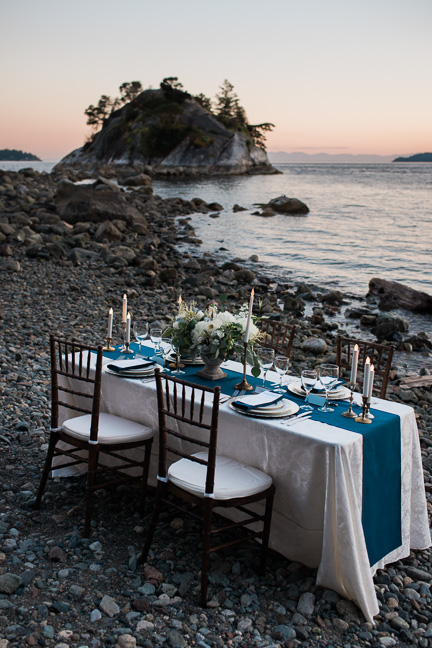 whytecliff-park-elopement-dinner