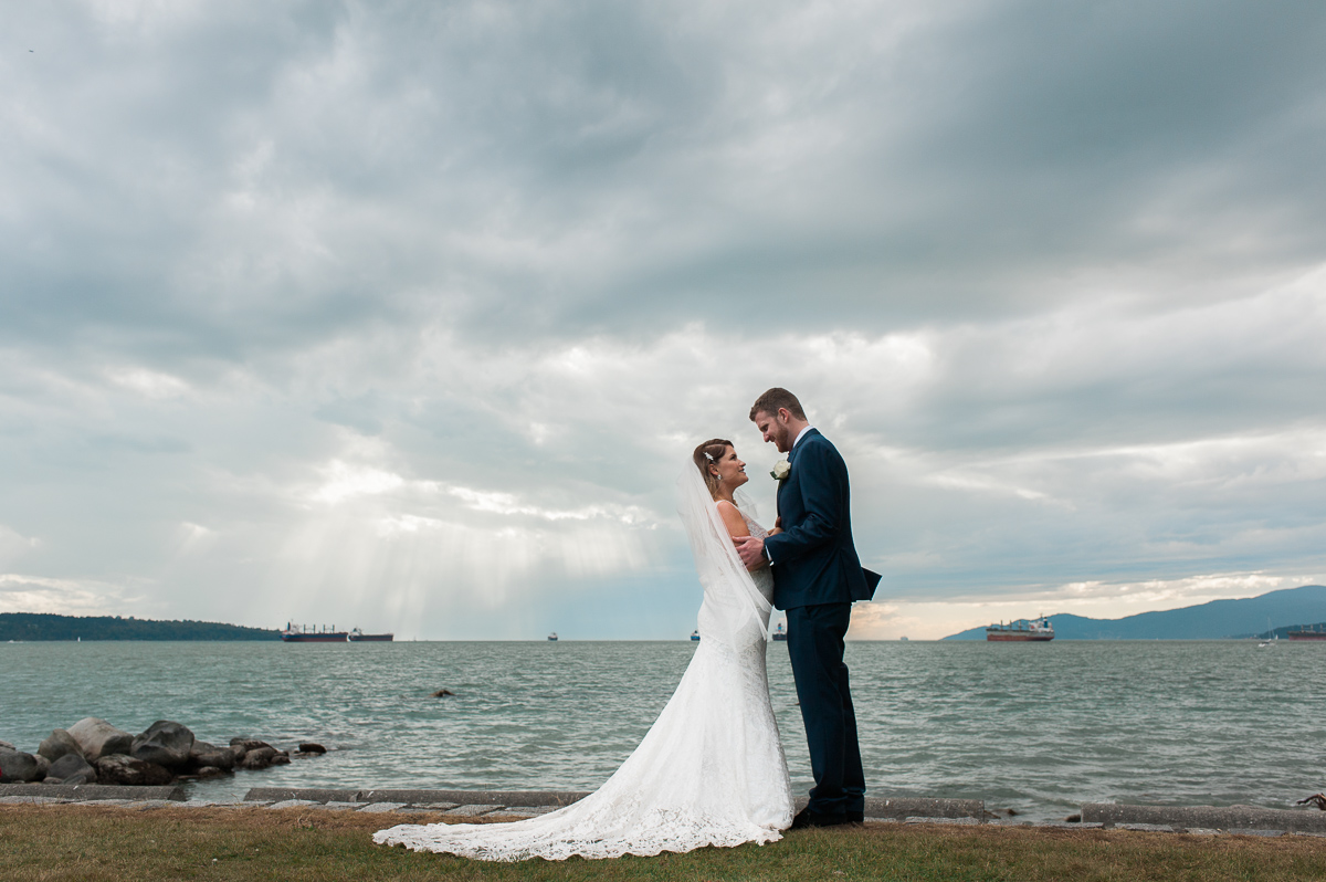 second-beach-wedding-photos