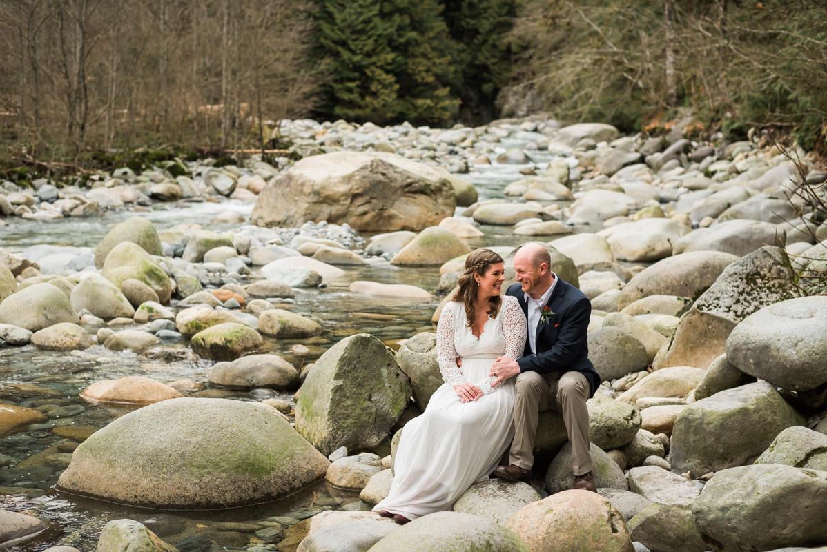 fun north vancouver wedding photos