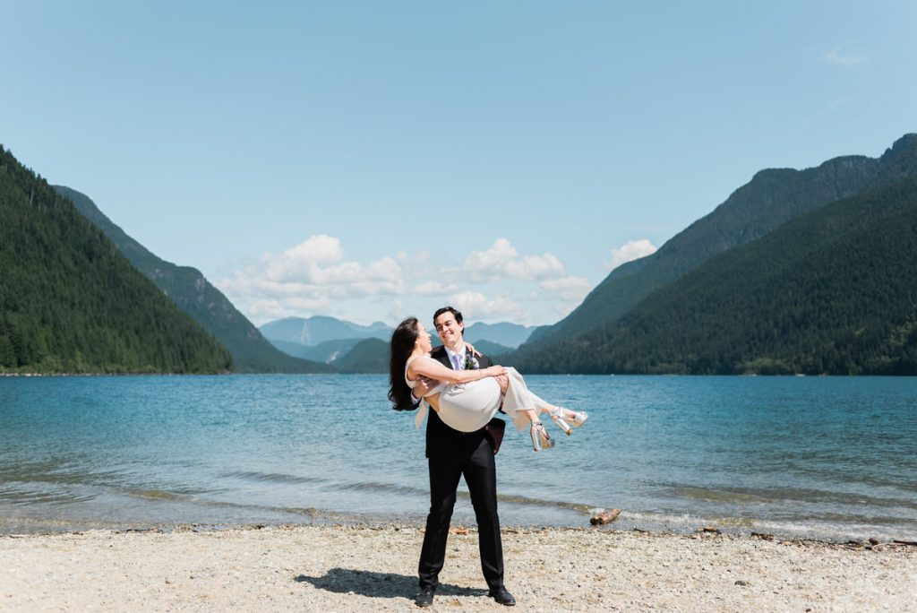 Maple Ridge elopement wedding photographers