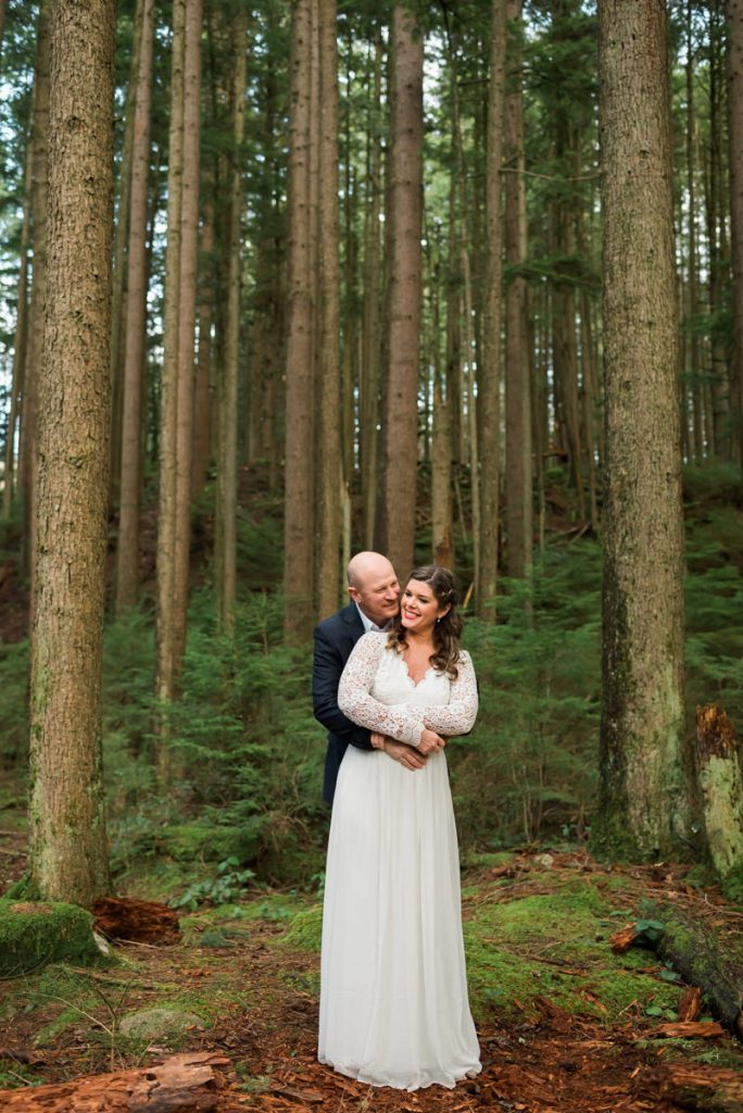 elopement couple in the forest